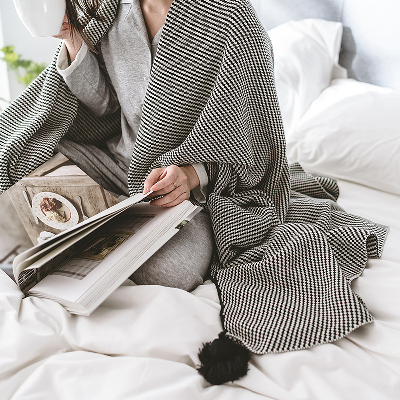 ZDFURS*New Black Nordic Cotton Style Handmade Soft Knit Blanket Bed Plaids Knit Sofa Throw Blanket with Tassel  130x160cm