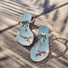 INS Sexy Ladies Summer Flat Shoes Green Diamonds Palm Tree T Strap Women Sandals Woman Beach Rhinestones