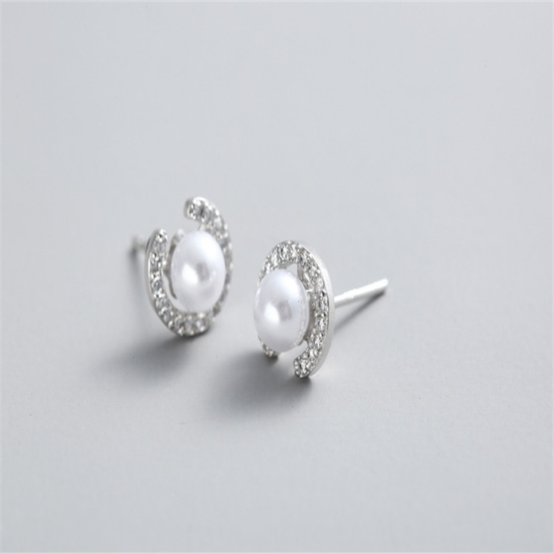925 sterling silver Stud earrings Letters of pearl Set auger Women 39 s fashion jewelry wholesale in Stud Earrings from Jewelry amp Accessories