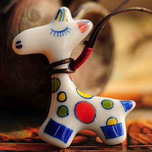 Hot Vintage Cut Cartoon Ceramics Giraffe Pendent Necklace for Women Fashion Women Necklace Gift Accessories Wholesale Jewelry