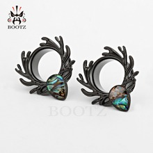 ear plugs deer piercing