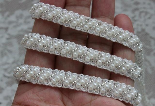 € 16.25 8% de réduction Ivoire perles dentelle de perles pour Costume de  mariage ceinture de robe Brial Sash conception de bijoux dans Dentelle de  ... 1ac732caede