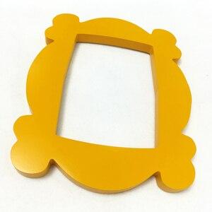 Image 4 - טלוויזיה סדרת חברים בעבודת יד מוניקה דלת מסגרת עץ צהוב Mon דלת עינית תמונה מסגרות אסיפה בית דקור אוסף מתנה