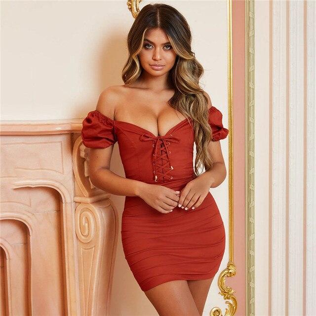1eafb31c65427 Ürün Açıklaması. Basitçe söylemek gerekirse, ben 2019 yaz elbisesi Kadın V  Yaka Katı Kısa Kollu Kapalı omuz Kılıf Elbise Streetwear Parti Seksi ...