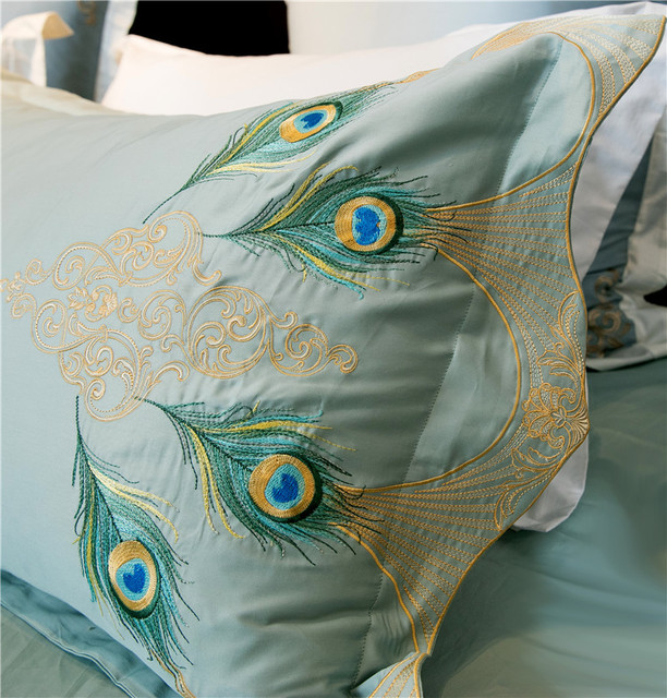 Retro Embroidered Bedding Set