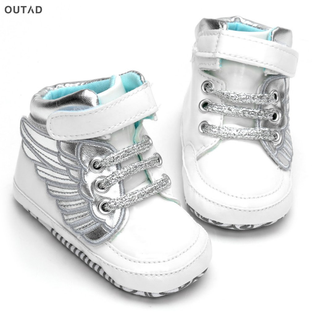 2017 HOT Baby Boy Girl First Walkers Shoes PU Soft Soled Infant Flying Wing Toddler Booties Angel Wings Booties Shoes