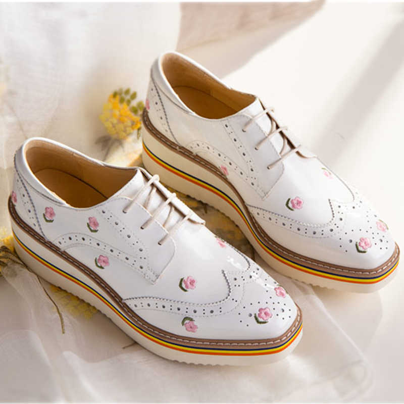 Women flat shoes 2020 genuine leather