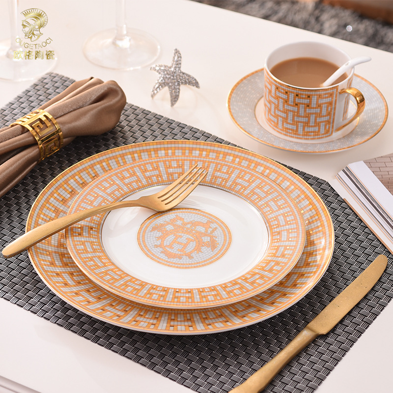 European Modern Ceramics Western Food Plates Bone Porcelain Steak Ornaments Tableware Decorations Cups and Saucers Cookware