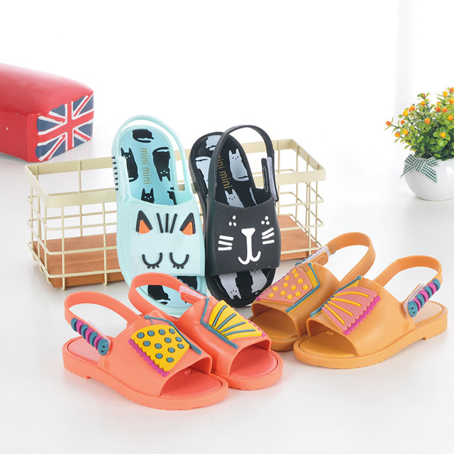 e832952789e88 2018 Kids Shoes Girls boys Summer Sandals Children shoes Mini Butterfly Cat  Princess Waterproof Shoes Jelly