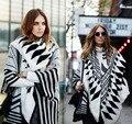 Mulheres negras capes ponchos capas com capuz 2016 inverno quente moda malha geométrica lenço de impressão tamanho livre
