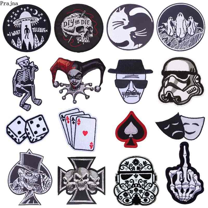 Prajna Cartoon Dice Heart Iron Patches For Clothing Mr Robot OOPS Cat Zipper Embroidered Iron On Patches On Clothes Stripe Skull