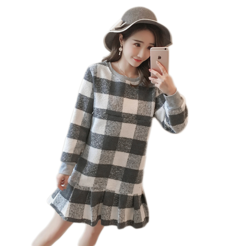 Spring maternity dress Plus velvet thickening Long-sleeved plaid dress New fashion loose large size feeding dress Nursing wear ...