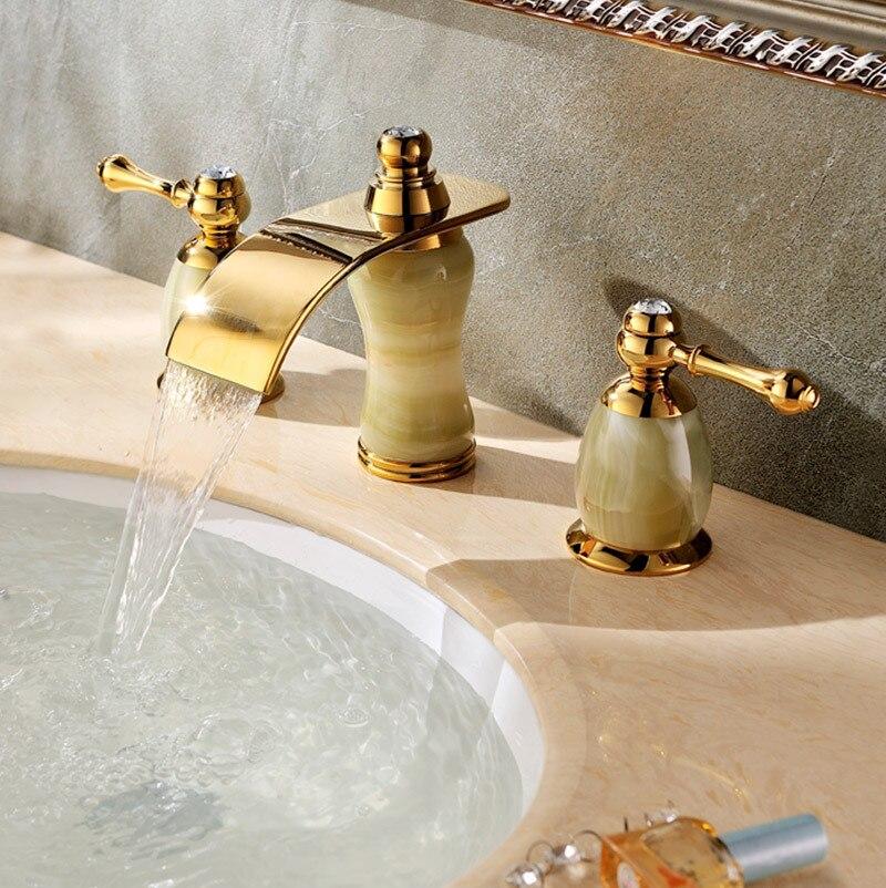 Bathroom faucet antique brass basin faucet double handle three holes sink mixer tap golden tap SD-T-003A antique brass three holes bathroom sink basin faucet mixer tap dual handle