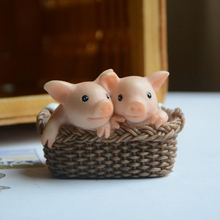 NEW Creative Everyday Collection Cute pig resin garden Miniature Animal Figurines Desktop Crafts Toys gift for Children home dec