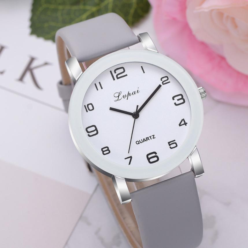 Woman's Watch  Simple Leather Band Quartz Wristwatch Classic Casual Analog Watch  Reloj 18MAY8