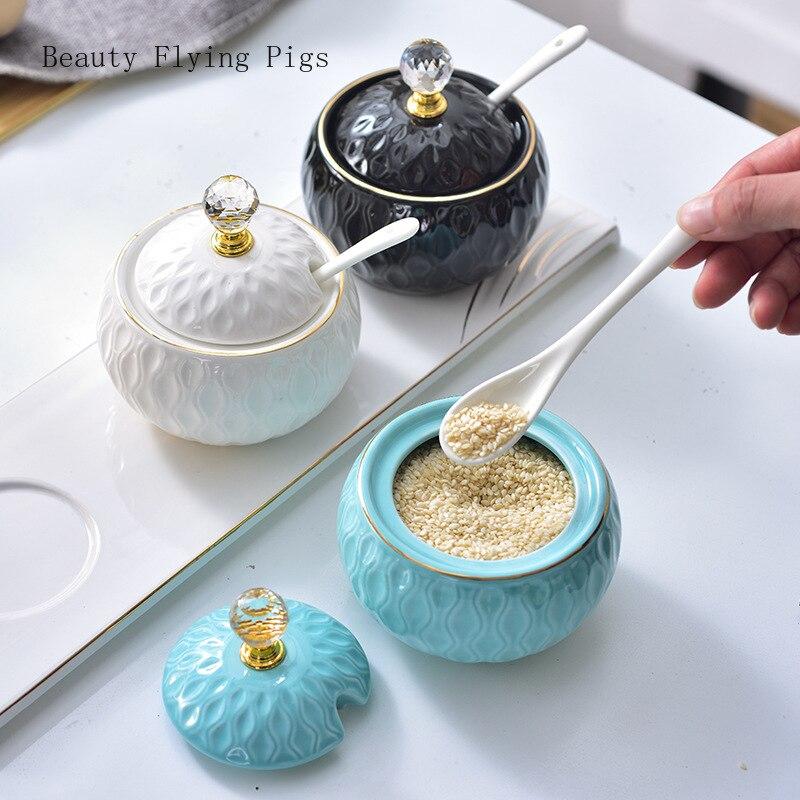 Lumière créative de luxe maison cuisine fournitures stockage en céramique assaisonnement pot assaisonnement pot ensemble assaisonnement boîte assaisonnement boîte ensemble