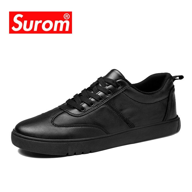 SUROM Mens Chaussures Casual vente Chaude 2018 Printemps Nouveau Appartements Talon Krasovki Noir Blanc Sneakers En Cuir à lacets Mocassins Pour hommes