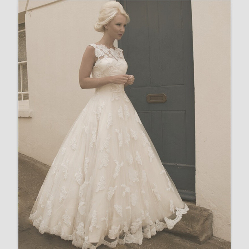 Lace Beach Wedding Dresses 2019 Vestidos De Noiva New Bridal Dresses Sexy Floor Length Backless Wedding Gowns