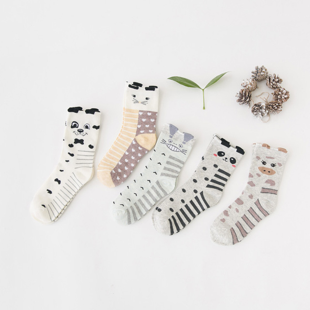 5pairs/bag winter women socks cartoons cute style girls sock antumn spring cotton breathe thick socks  A00101