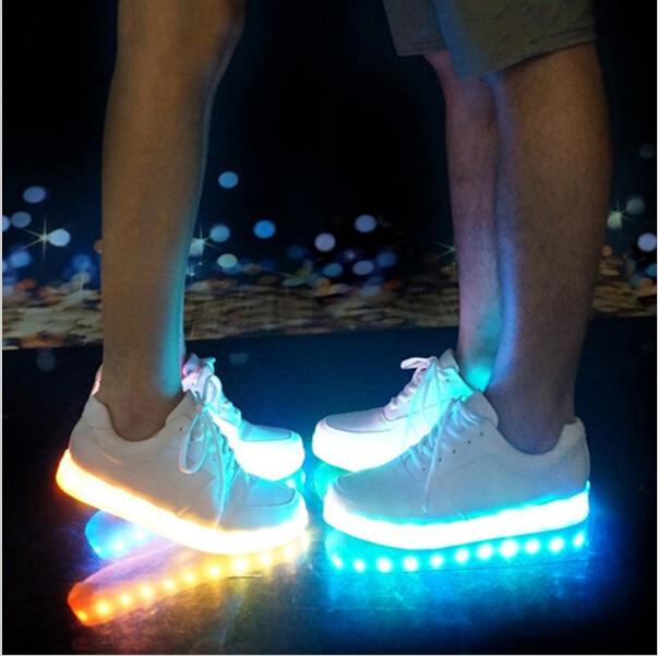 Maat 25-45 USB Opladen Tenis Led Feminino Mand Led Light Up Trainers - Kinderschoenen - Foto 1