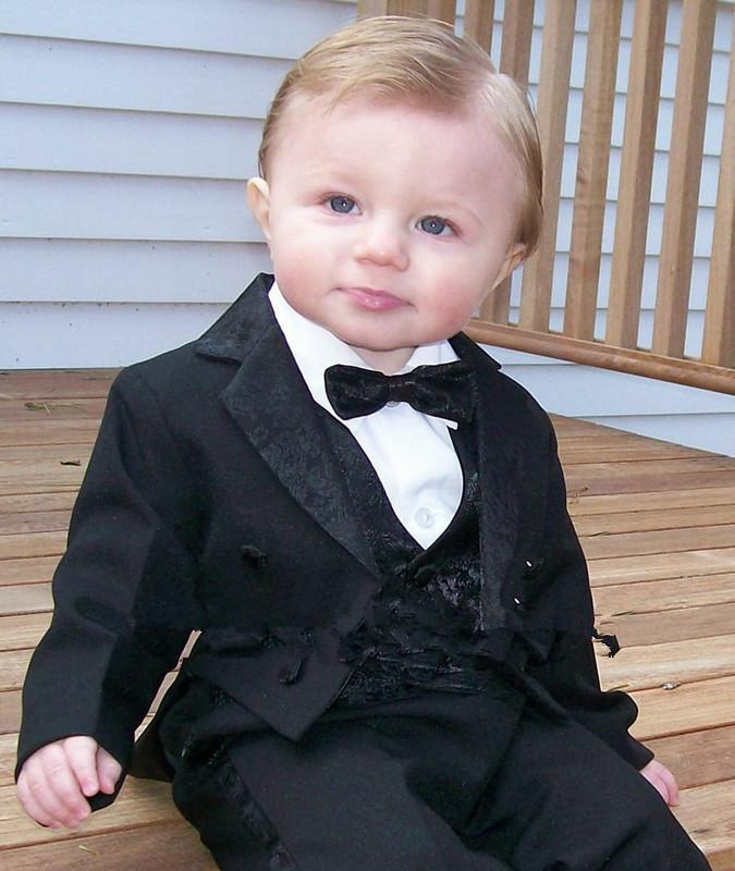New Arrival Black Tailcoat Kids Tuxedos Handsome Primary