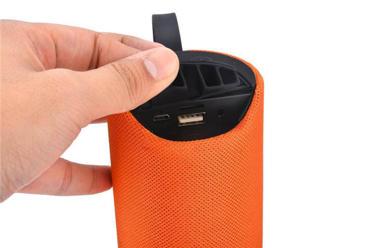 Bluetooth Speaker Sports Waterproof Portable Subwoofer column cloth cover fabric Wireless Column Box speakers with FM lordzmix (3)