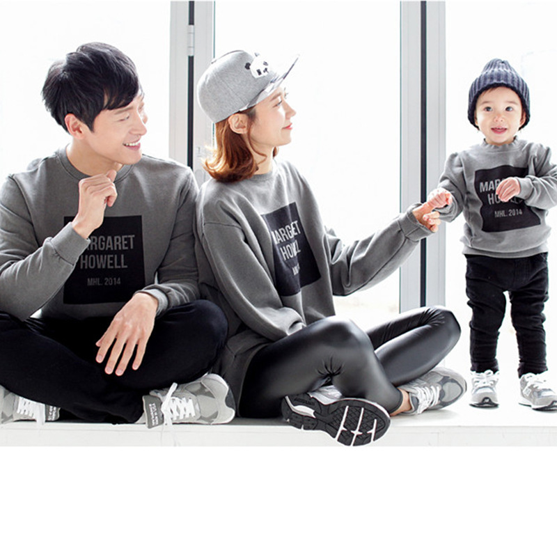 838914a68 Mother and Daughter Clothes Mommy and Me Family Matching Outfits Shirts Set  2017 Autumn Winter Mom Baby Girls Boys Sweatshirts