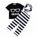 Лето стиль мальчик дети комплект одежды 2017 бренд Очки письмо футболка + полосой брюки + нагрудник 3 шт. дети мальчик костюм новый Досуг набор для девушка