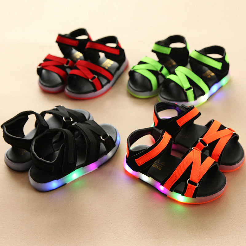 LED lighted fashion children sandals high quality cute soft leather kids casual shoes Hook&Loop fashion baby girls boys toddlers