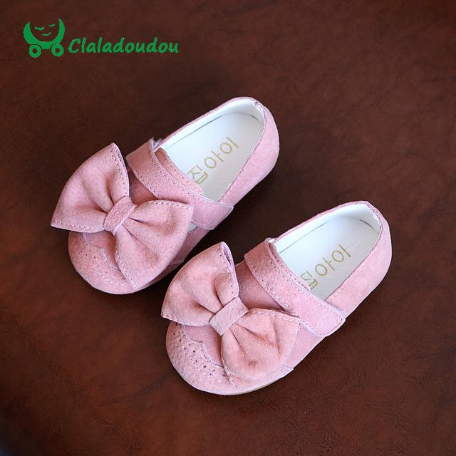 Claladoudou Crianças Meninas Sapatos de Couro Genuíno Esfregar Grande Crianças Sapatos Para Bebê Menina Sapatos Para Crianças Princesa Sandálias Flor