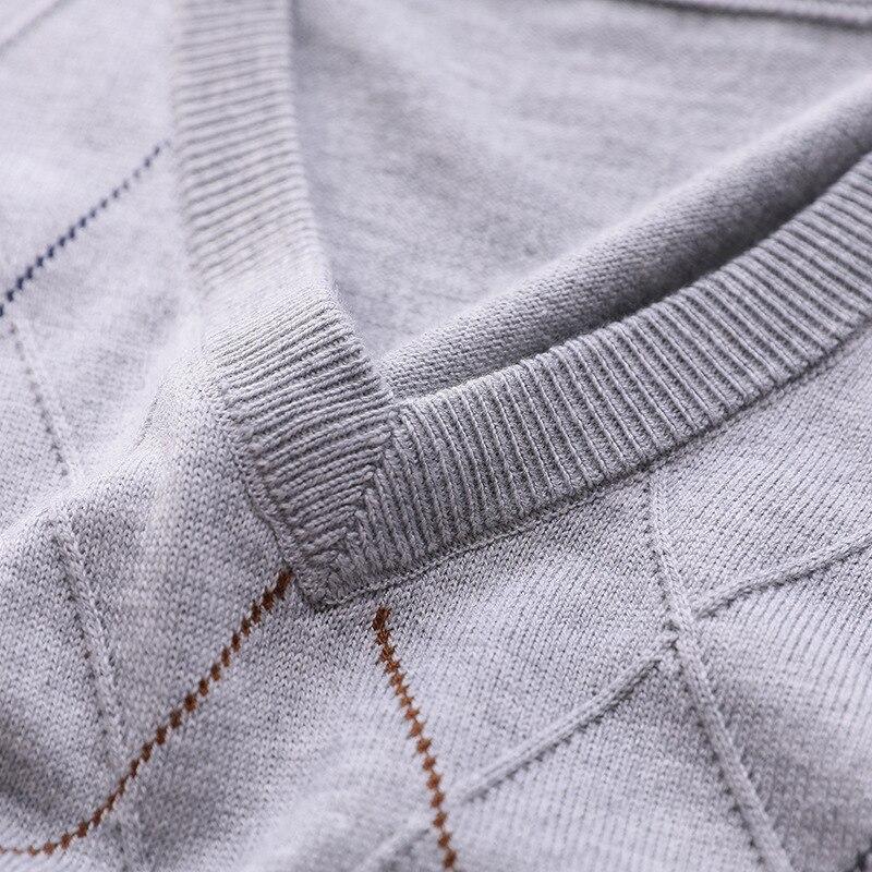 Neue Ankunft Herbst Winter herren Casual Gestrickt Ärmellose Weste Mode Marke V-ausschnitt Reine Farbe Männlichen Elastische Pullover Größe M-3XL