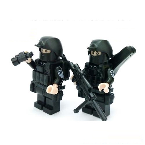 2pcs/set policeman gun original toy swat police military lepin weapons army model city accessories Compatible lepin mini figures 1710 city swat series military fighter policeman building bricks compatible lepin city toys for children