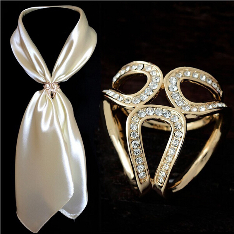 2017 Newst Gold Silver Flowers Scarf Buckle Wedding Brooch Christmas Pins Crystal Holder Silk Scarf Jewelry