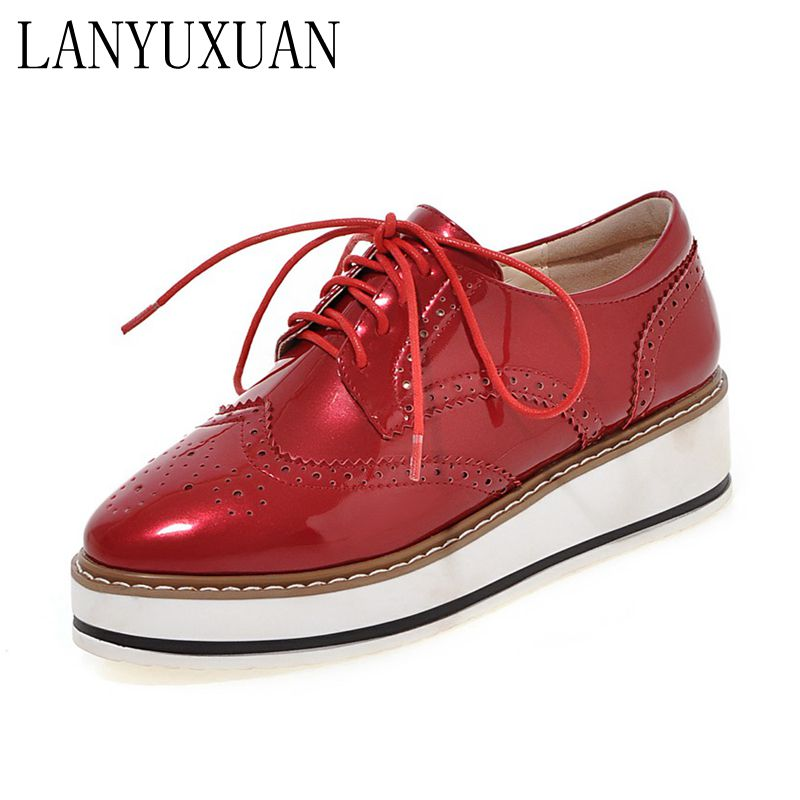 Hot Sale Stars Womens Flats Round Toe Patent Leather Platform Shoes Oxford Lace up  Shoes Size 35-39 Brogue Shoes 05-1 qpq women platform oxford brogue patent leather flats lace up shoes pointed toe creepers vintage luxury beige wine red black