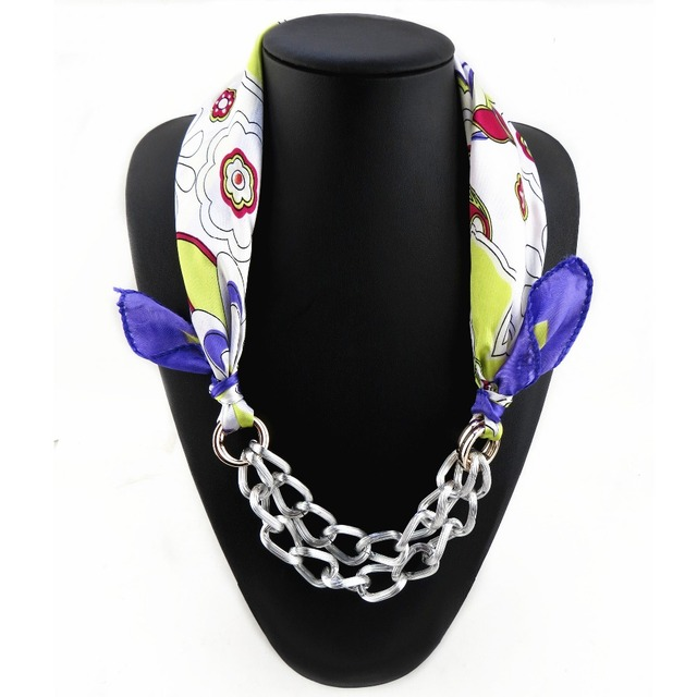 New Arrival Brand Design Ladies Silk Scarf With Decorative Chain
