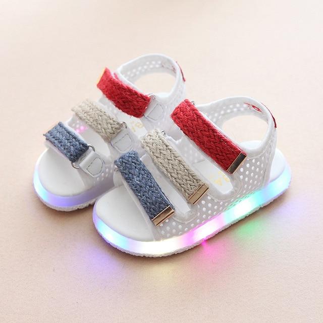 2018 European fashion cute LED light baby girls boys shoes summer beach  toddlers glitter nice baby