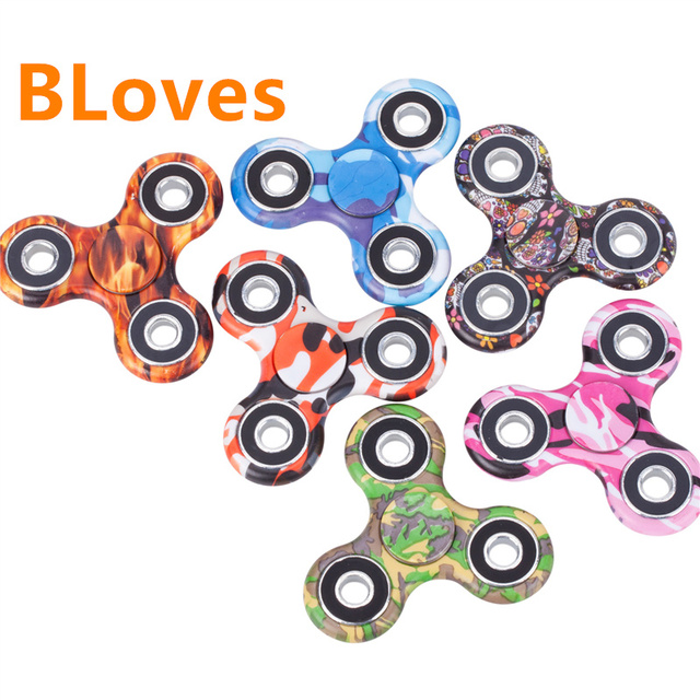 Bloves Fidget Spinner Glow In Dark Tri-Spinner Camouflage Camo Army Plastic Hand Spinner Anti Stress For Kids Adult Wheel Toys