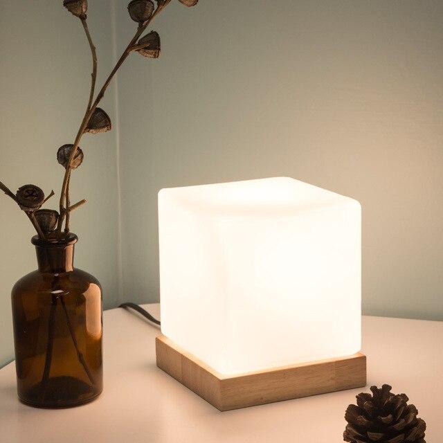 Lampe de table cubique en verre Lampes 🎁 Idées Cadeaux Cocooning.net