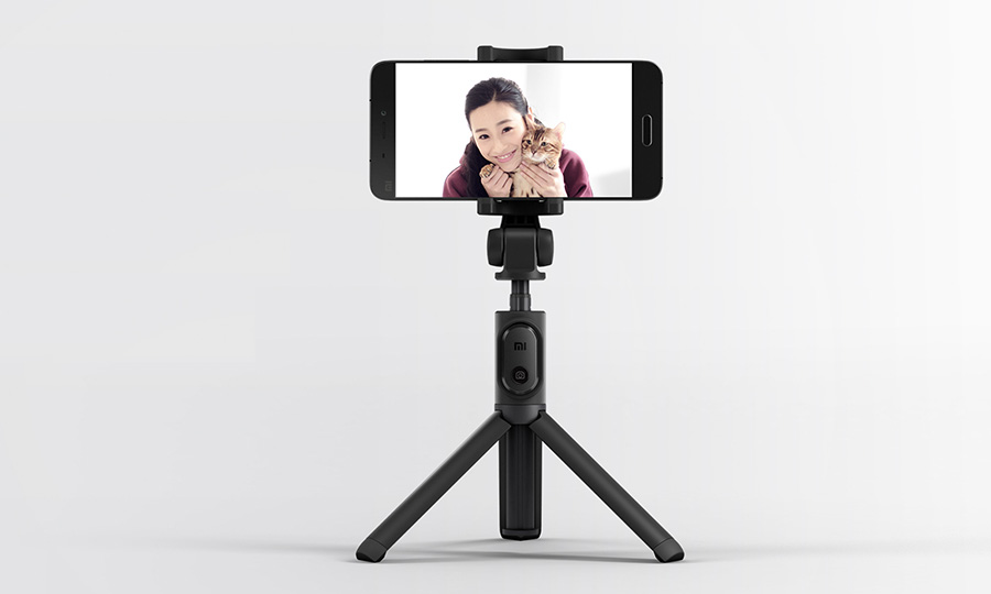 Newest Xiaomi Monopod Mi Selfie Stick Bluetooth Tripod With Wireless Remote 360 Rotation FlexiableWired Version Android 4.3 IOS (4)