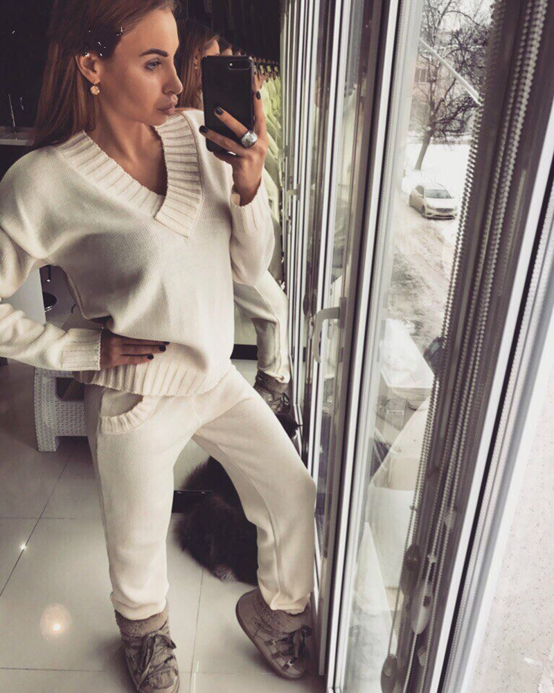 2019 New Women's Knitting Suit Winter Warm And Warm Pure Color V-neck Knit Suit Sweater + Trousers Two-piece Of Women