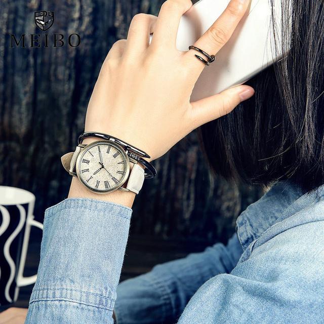 Casual Jeanslike Leather Strap Wristwatch