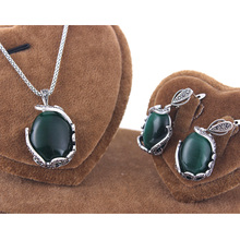 Ajojewel Size 9 High Quality Vintage Green Semi-precious Stone Jewelry Set For Women Retro Party Accessories