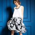 2016 nuevo y elegante estilo del verano v-cuello camisa sin mangas blanca moda del estampado de flores falda mujeres llevan traje conjunto ultraligero