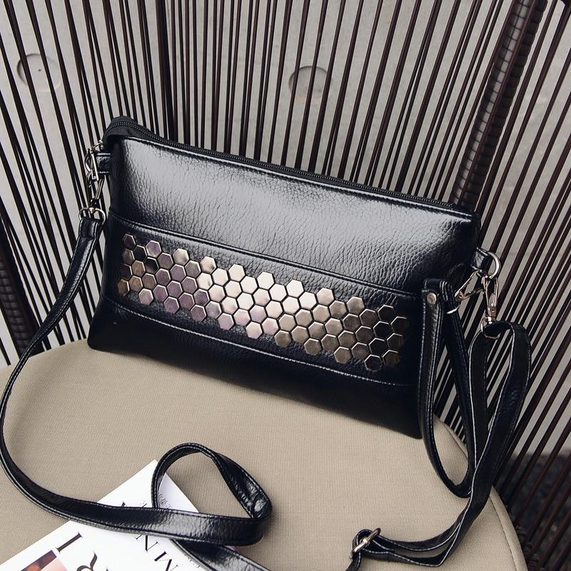 Ybyt бренд 2018 новые модные повседневные женские Искусственная кожа заклепки пакет конверт пакет вечерние клатч сумка-шоппер женские сумки на...