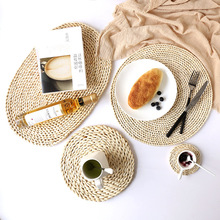 1Pcs Japanese Natural Corn Straw Placemat Rattan Woven Dining Table Mat Heat-Resistant Cup Coasters Pot Holder Insulation Pad natural hand woven straw placemat dining table mat heat insulation pot holder cup coaster kitchen accessories