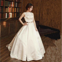 A line Ivory Stain Boat Neck Wedding Dresses 2018 Bow Floor Length Court Train Backless Bridal Gown Party Dresses