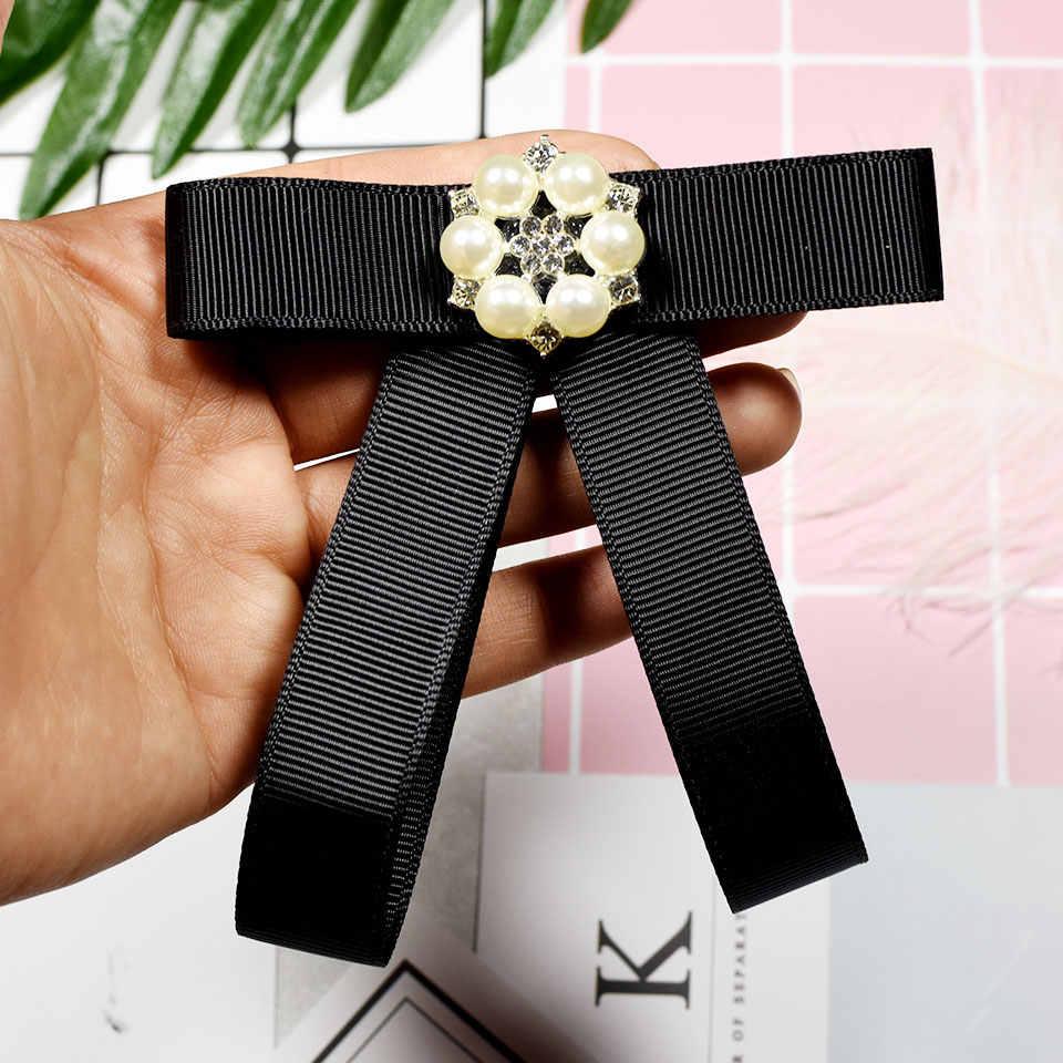 ริบบิ้น Bow Tie ดอกไม้เข็มกลัด Queen พิเศษเข็มกลัด Corsage Pins Broche คู่มือ Bowknot Bowtie สำหรับผู้ชายผู้หญิงงานแต่งงานของขวัญ