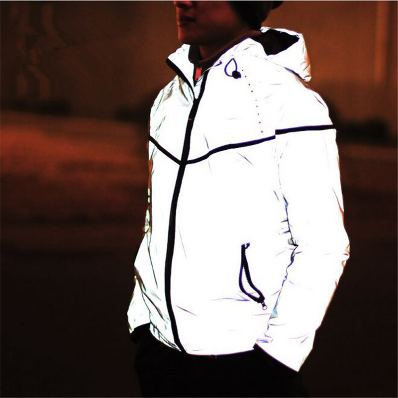 3M reflective jacket is one of interesting high-visibility clothes available on this market. When wearing the jacket on the bright area, it will show normal color, but when in the dark, the jacket becomes unbelievably shining.