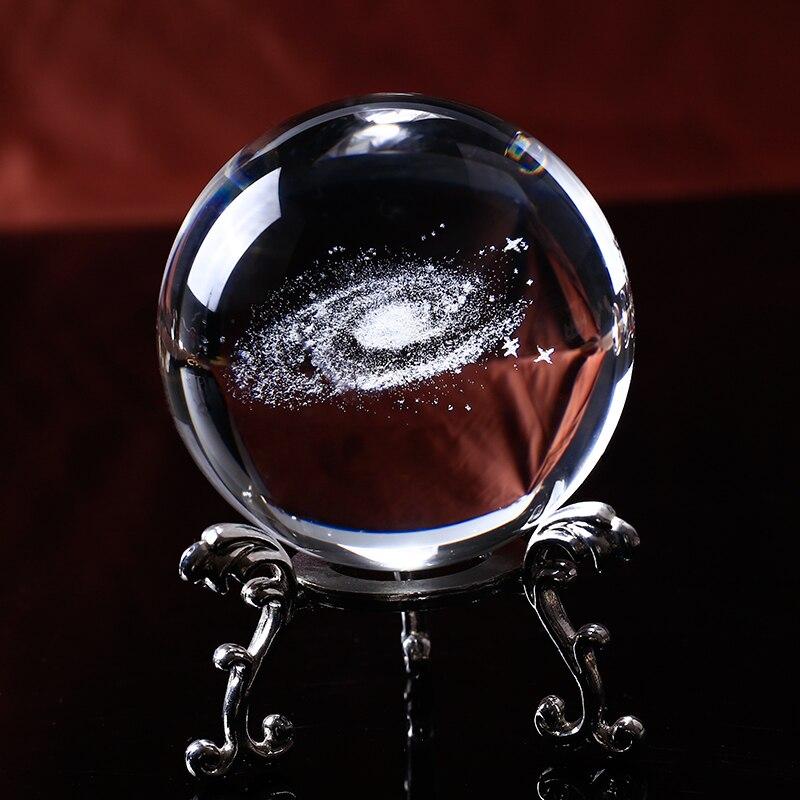 6 cm Diamètre Globe Galaxy Miniatures Boule de Cristal 3D Laser Gravé Boule De Verre De Quartz Sphère Décoration de La Maison Accessoires Cadeaux