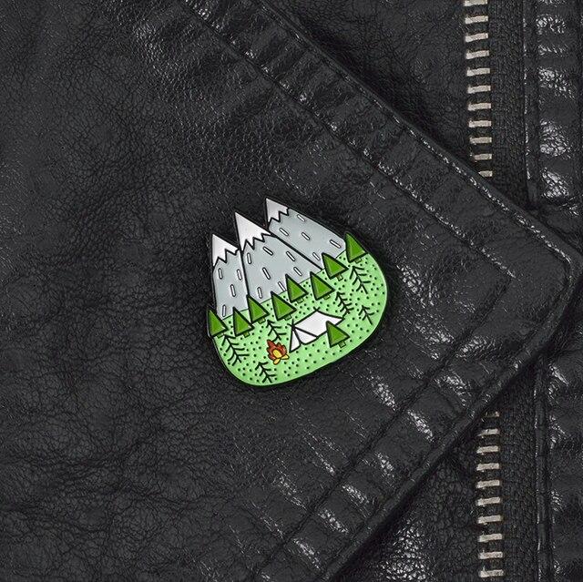 Leo núi Cắm Trại Hking Trâm Cài Phù Hiệu men Cứng chân Ba Lô Túi Hat Da Áo Khoác Thời Trang Quà Tặng Phụ Kiện cho hiker